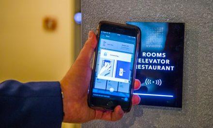 Megnyílt Európa első okostelefonnal vezérelhető szállodája Budapesten