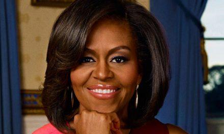 16 milliárd forintért ír könyvet Michelle Obama