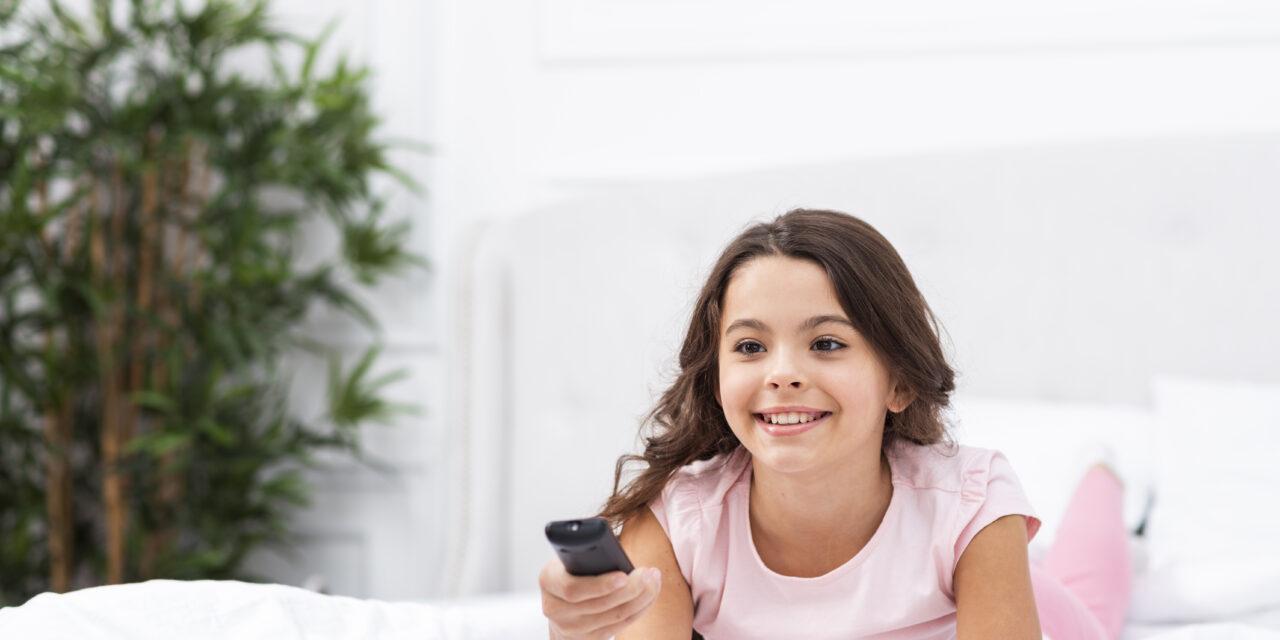 Sokat tévézik a gyermeked? Kutatók elmondják mi lesz a következménye