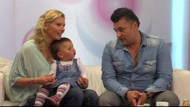 Lombikprogrammal született Sipos Tomi  kislánya