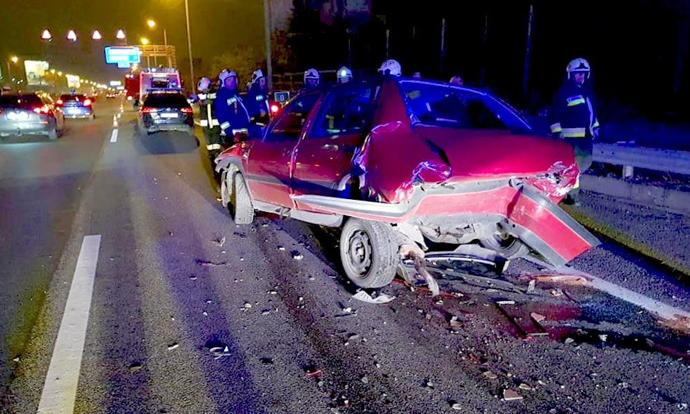 Lövöldözés a plázában és balesetek miatt lezárt autópályák – problémás volt a vasárnap