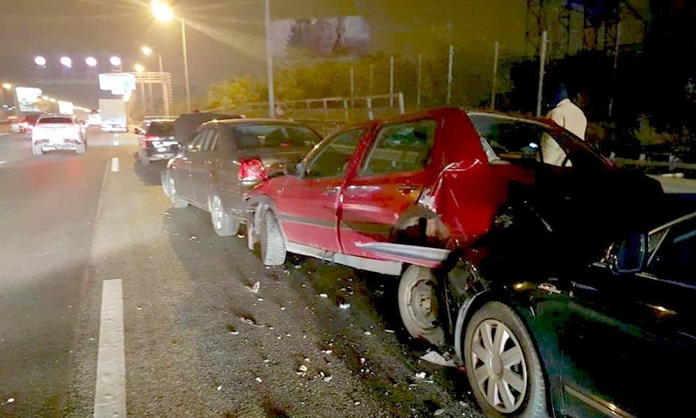 Tömegbaleset az M3-ason – nyolc autó ütközött