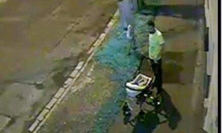 Gyerekkel lopatott a férfi