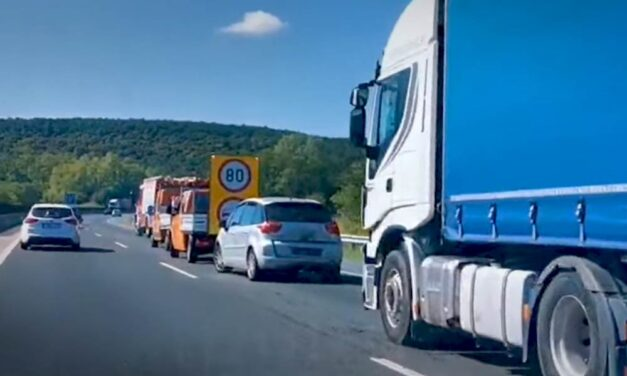 Leszorította az útról a várandós nőt és segítségnyújtás nélkül tovább hajtott a kamionos, a határon fogták el