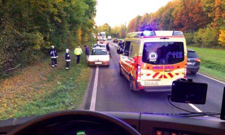 Halálos baleset az 1-es főúton, közben megdőlt a melegrekord az országban