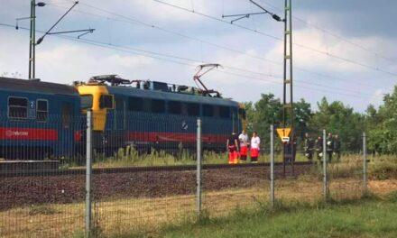 Robogós ütközött vonattal