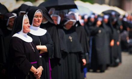Két apáca is teherbe esett, most vizsgálatot indít az egyház – Csoda történt, vagy valaki hazudik?