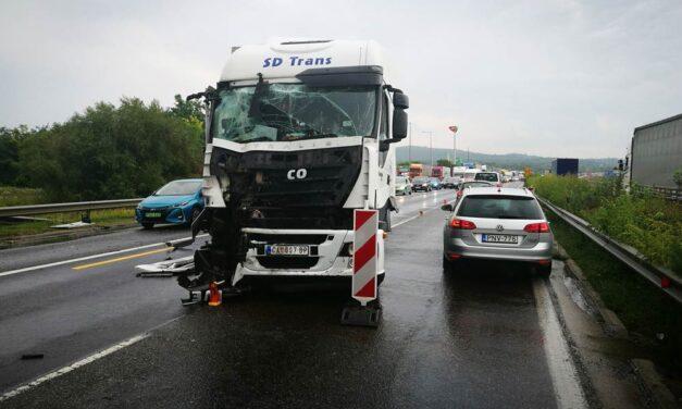 Egy európai országban ma jelentősen csökkentették a maximális sebességet az autópályákon