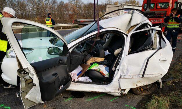 Szörnyű baleset: egy 88 éves pap halt meg az autópályán