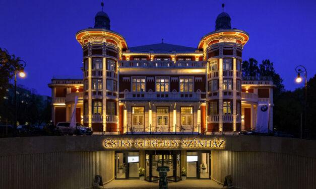 Csodaszép lett a megújult kaposvári Csiky Gergely Színház