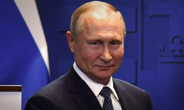 Putyin kiakadt, hogy szétlopnak egy űrrepülőteret, mások szerint azért pipa, mert őt lophatták meg