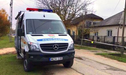 Halálos gázolás: tolatás közben szorította falhoz a teherautó a nőt