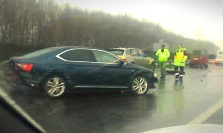 Több baleset is történt az M6-os autópályán