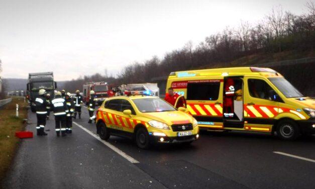 Baleset történt az M3-as autópályán, két sérült van