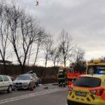Elgázolták a balesetnél segítő autósokat – hárman vannak életveszélyben