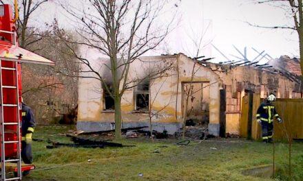 Több gázpalack is felrobbant az égő házban, a 90 éves nagymama már nem tudott kimenekülni