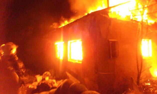 """""""Most azon imádkozunk, hogy túlélje"""" – mondta a felrobbant ház szomszédja"""