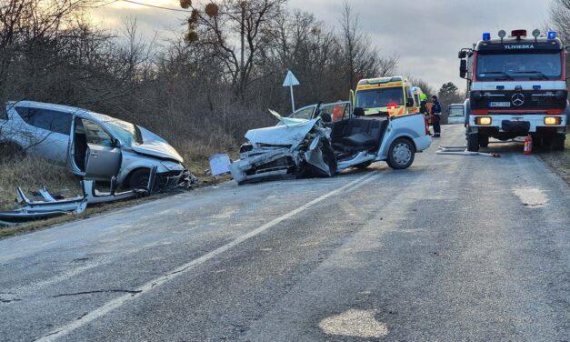Két mentőhelikopter is érkezett a veszprém megyei balesethez