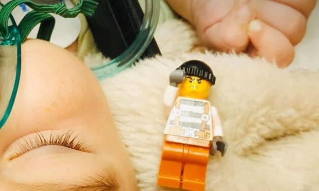 Legot nyelt egy csecsemő – utolsó pillanatban mentették meg az életét