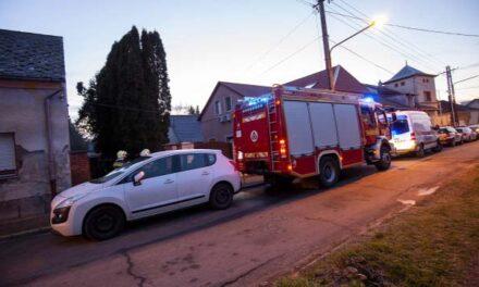 Három holttestet találtak egy családi házban