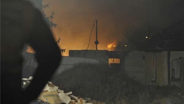 Robbanás Óbudán: öt épület gyulladt ki