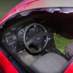 Brutálisan megtámadtak egy pizzafutárt, szétverték az autóját és a fejét