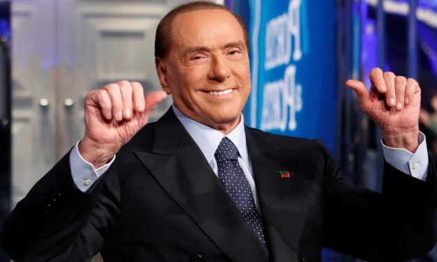 A koronavírus miatt Berlusconi elmenekült Olaszországból