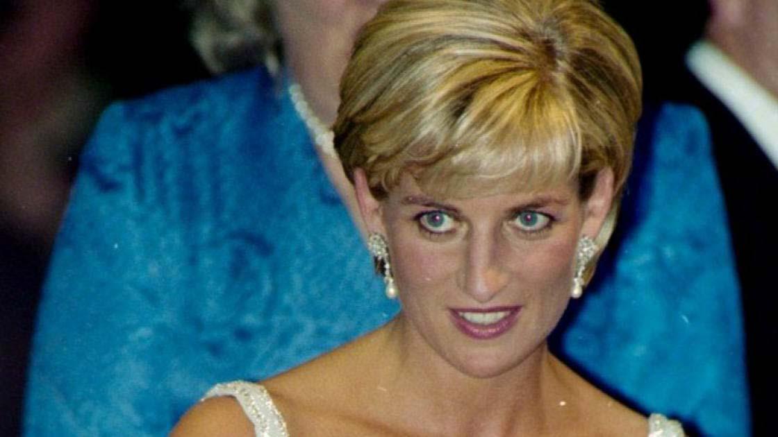 Vissza a múltba: imádnivaló videó került el Diana hercegnőről és a 3 éves kis Vilmosról