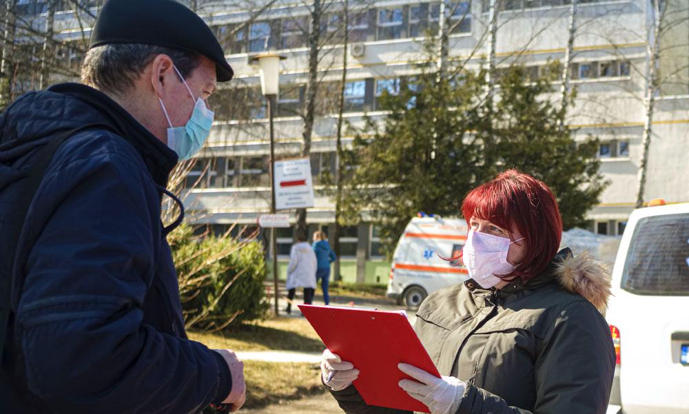 300-ra nőtt a koronavírussal-fertőzöttek száma Magyarországon