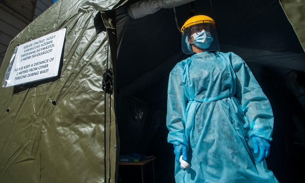 Tombol a járvány: közel 9500 új fertőzöttet találtak és elhunyt 163 beteg