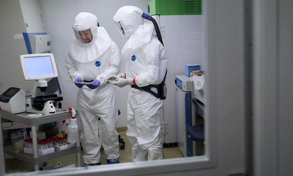 A koronavírus miatt veszélyes lehet az élelmiszerbolt, a WC és még a mobiltelefon is