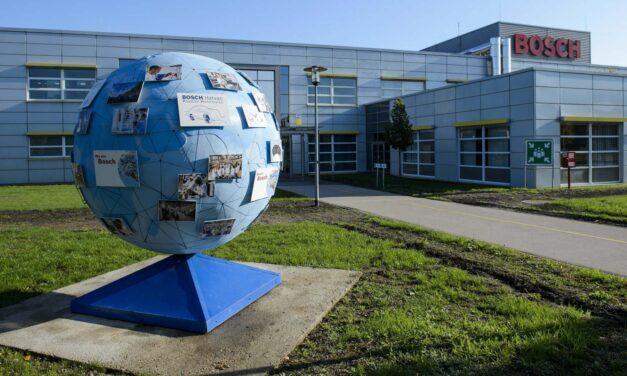 Óriási leépítés a Boschnál – 830 ember kerül utcára Hatvanban