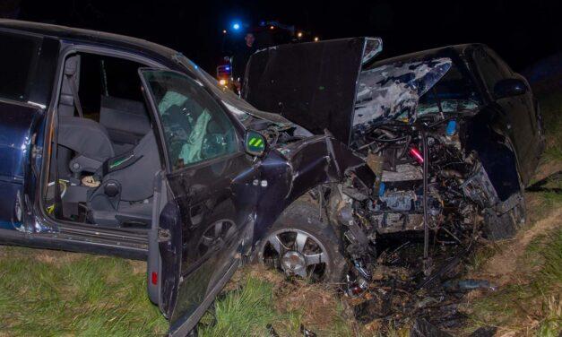 Súlyos, frontális baleset történt Bakonypéterdnél