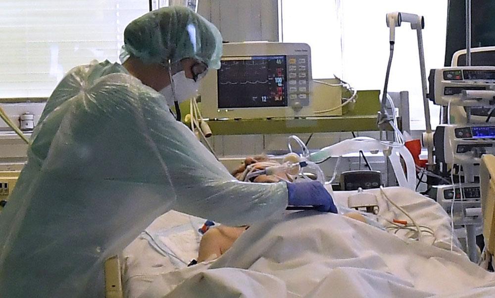 Szomorú vasárnap: 6697 fővel emelkedett a beazonosított fertőzöttek száma és elhunyt 162 beteg