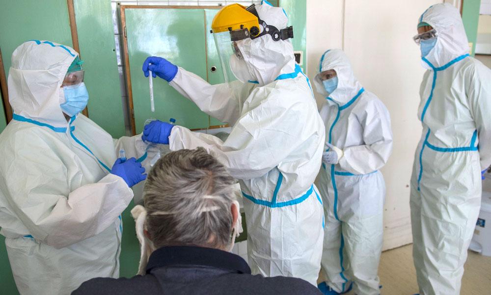 Négyen meghaltak és 3741-re emelkedett a koronavírus-fertőzöttek száma