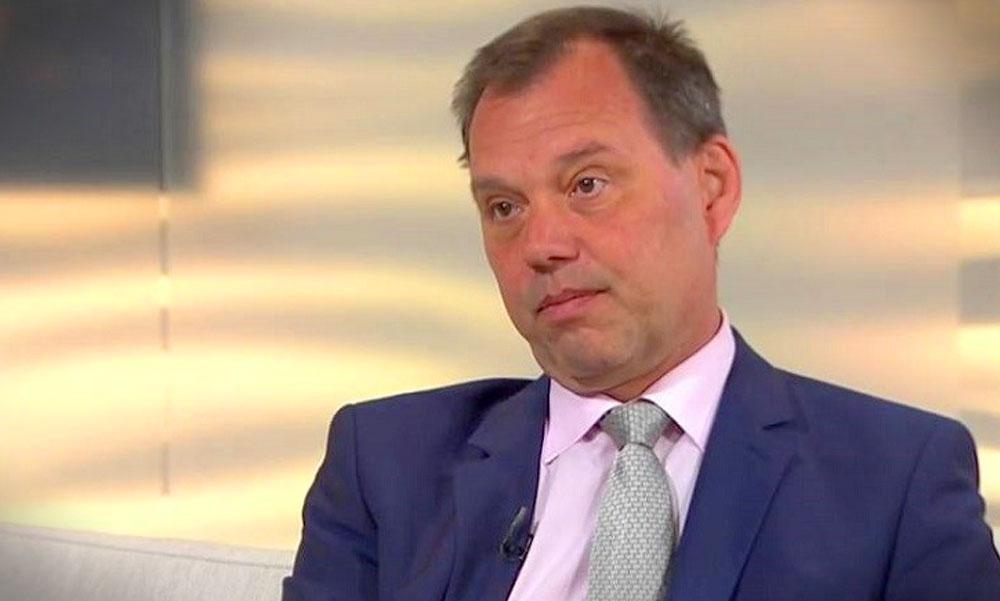 Szlávik doktor szerint veszélyes kihagyni a második oltást, közben már a 16 évesek is kaphatnak vakcinát