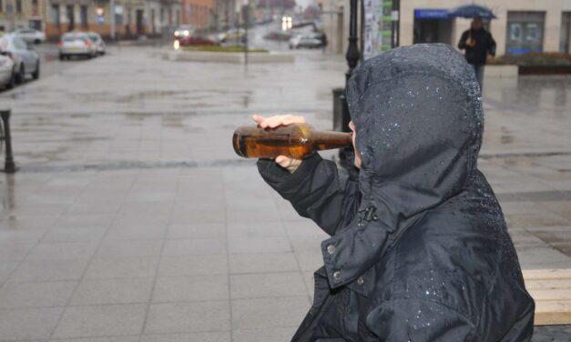 Tilos alkoholt fogyasztani Nagyatád közterületein