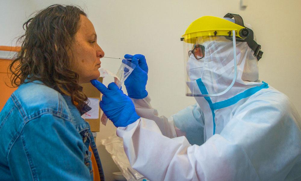 3500 felett a koronavírussal fertőzöttek száma, 5-en haltak meg a betegségben