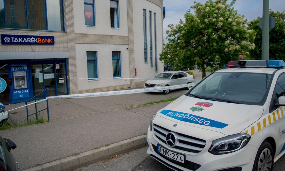 Bankrablás Pécsen! Egy év alatt másodszor rabolták ki ezt a Takarékbankot