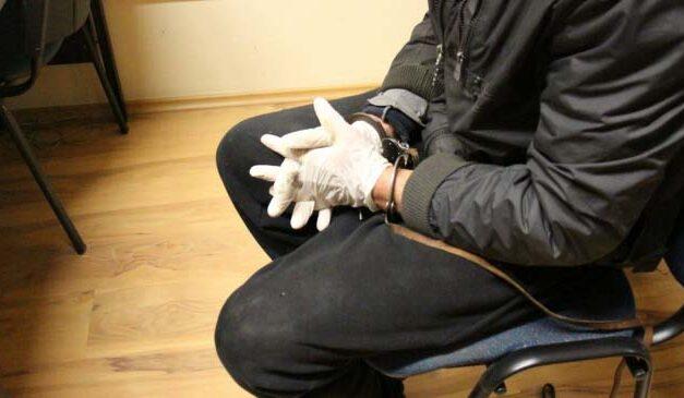 Féltékenységből bántalmazta élettársát – újabb részletek a férfi elfogásáról