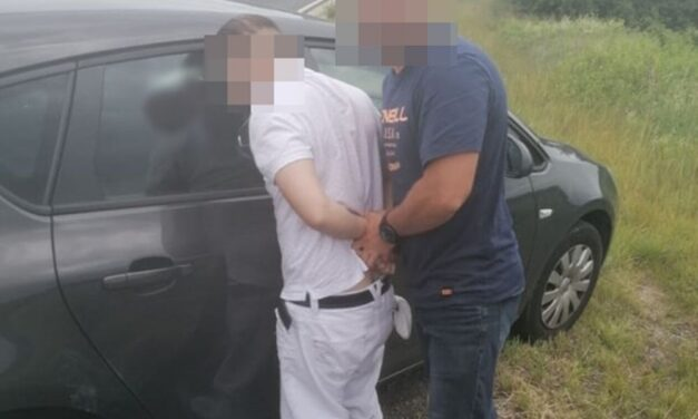 Három helyszínen is unokázós csalókat kapcsoltak le a rendőrök, így ütöttek rajtuk