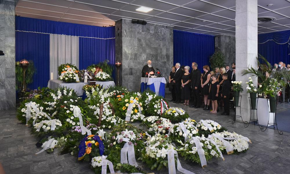 Eltemették Bálint Györgyöt: családja és politikusok búcsúztak az ország kertészétől