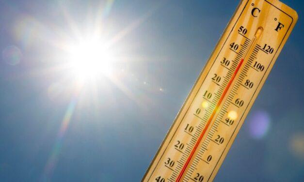 Hőség, extrém UV-sugárzás, erős szél és zivatar is várható szombaton