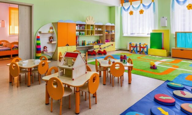 Hangszeres játszóteret alakítottak ki egy kiskunfélegyházi óvodában