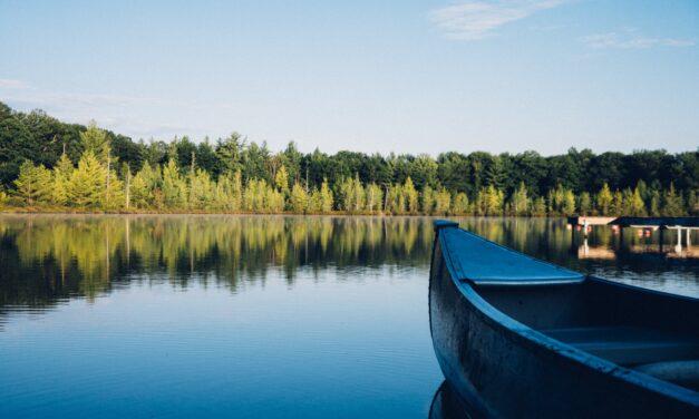 Szörnyű tragédia Somogyban: meghalt egy apa, miközben a gyermekét mentette ki a tóból
