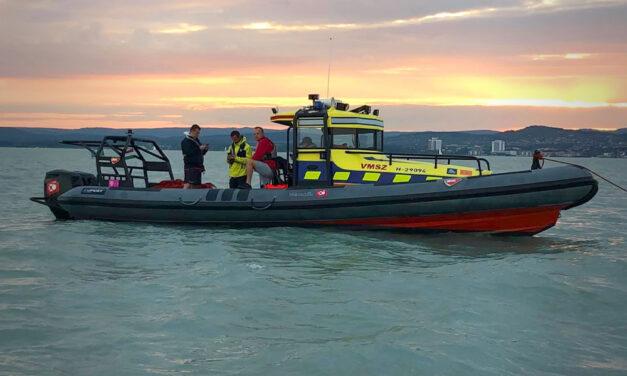 Évtizedek óta nem történt ilyen: 31 embert kellett kimenteni a Balatonból egy nap alatt