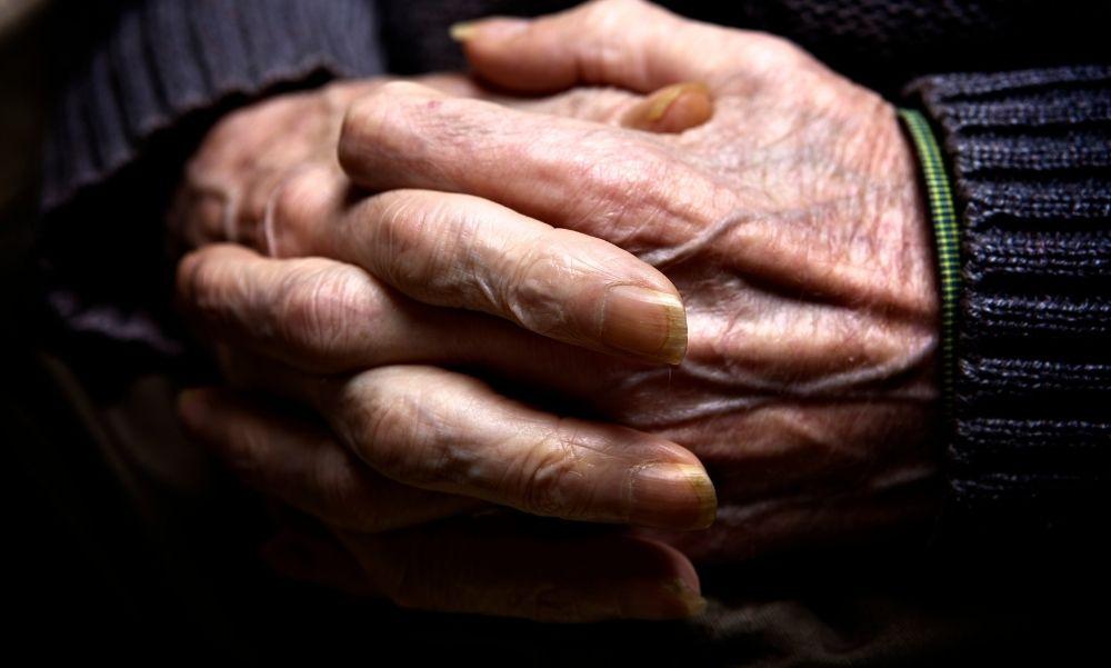 Megfertőződött a brit vírusmutációval egy idősotthon 14 beoltott lakója