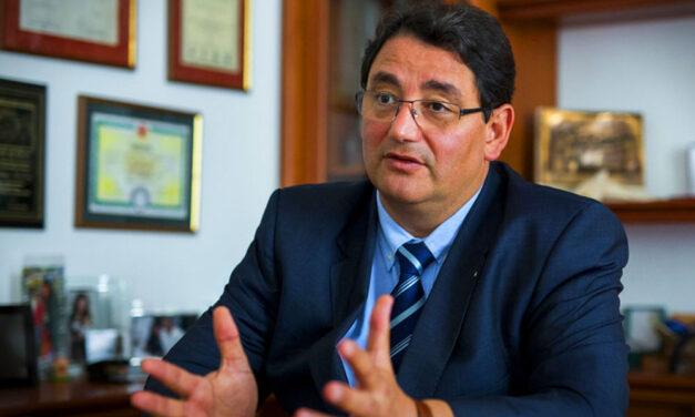 Merkely Béla: Soha nem állt még ilyen kihívások előtt az egészségügy, az oltásról és a mutálódott koronvírusról is beszélt a rektor