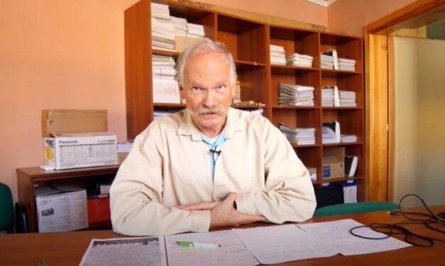 Kirúgták a gyöngyösi kórház Covid-szkeptikus orvosát, megszólalt a doktor is
