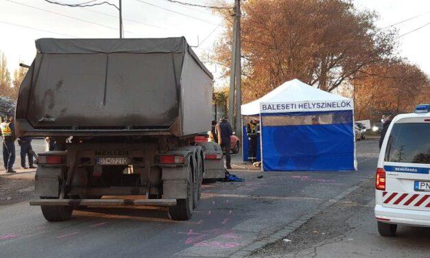 Teherautó gázolt el egy gyalogost Budapesten: a járókelő a helyszínen meghalt